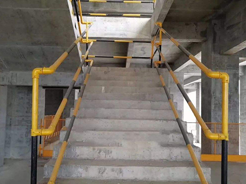 施工楼梯防护栏杆